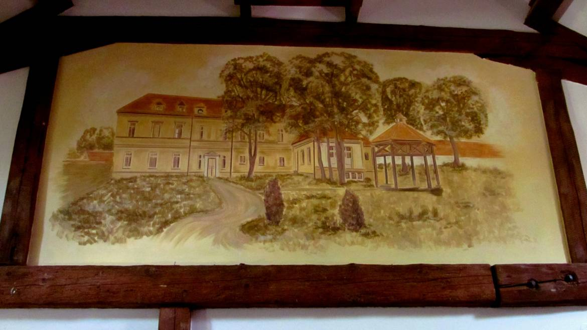 Wall-Painting-Interior-of-the-hotel-01.jpg
