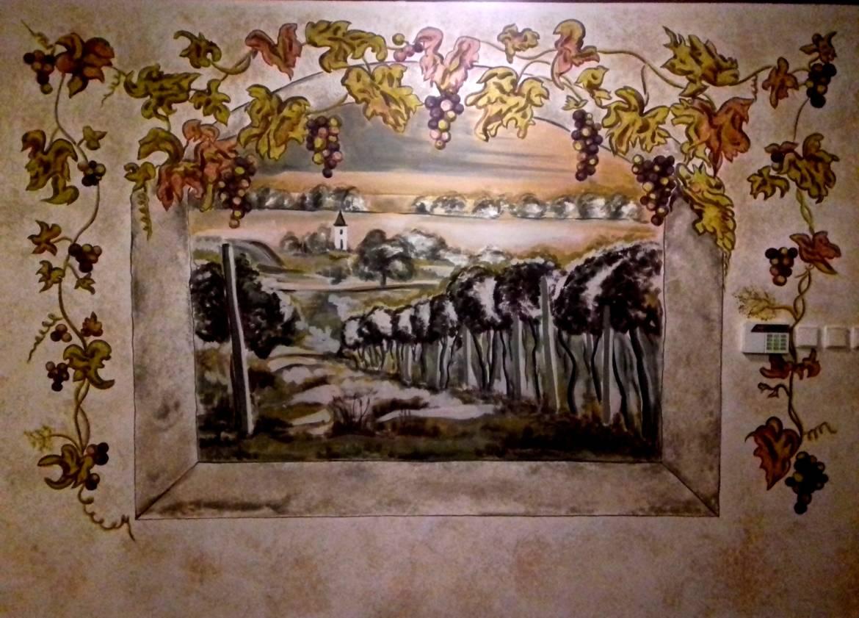 Wall-Painting-Wine-Cellar-Prague-01.jpg